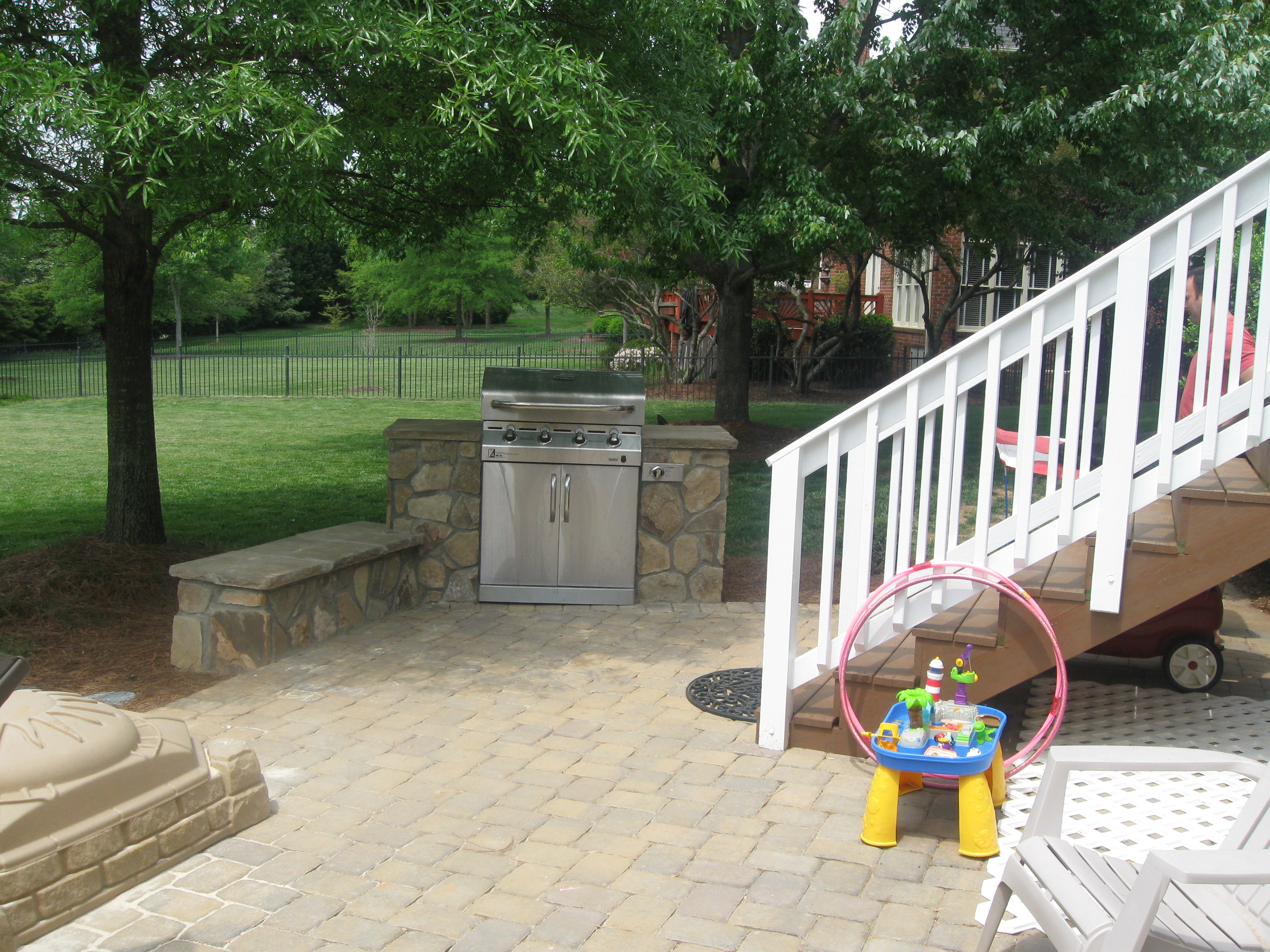 Outdoor Living Design Concepts With Backyard Archadeck