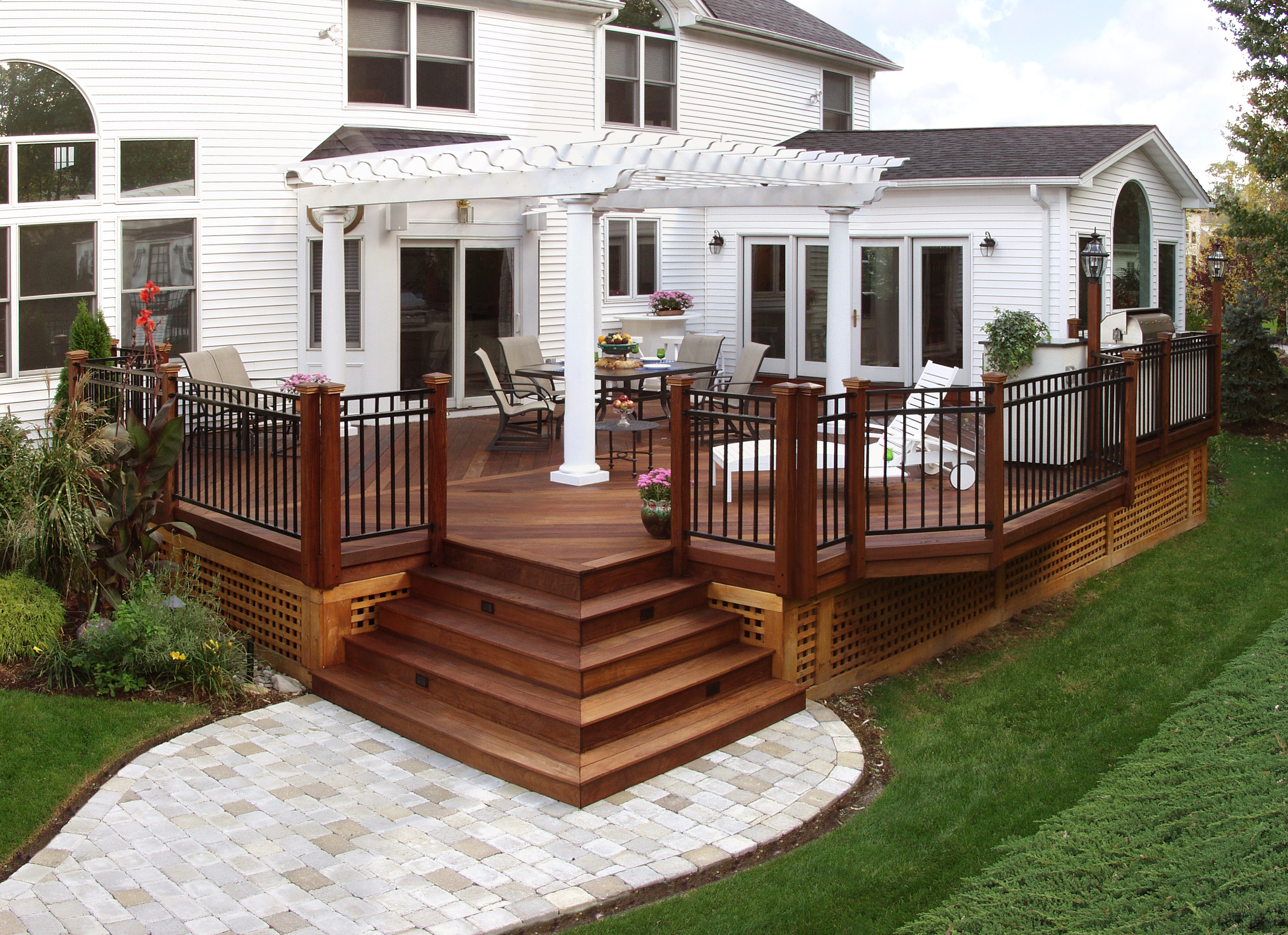 Free patio porch design ideas plans pictures pictures Wood deck designs free