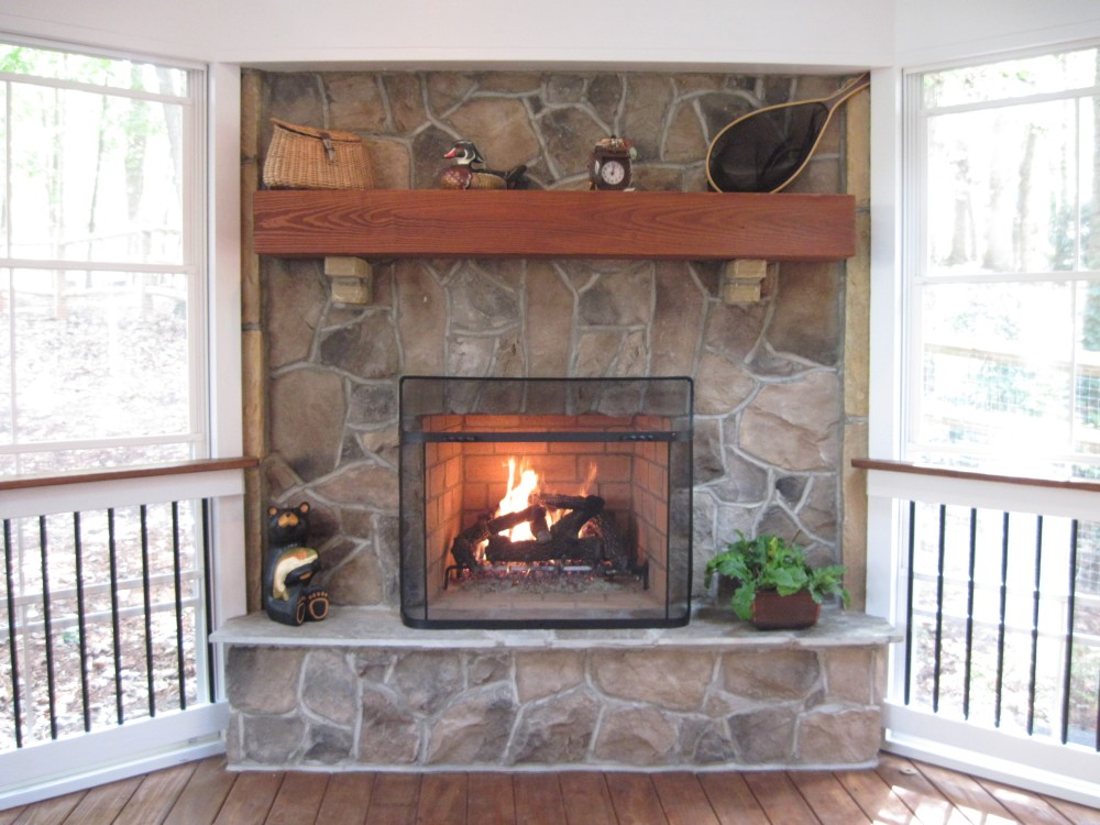 Winterizing your outdoor living space (winterizing your porch) (1/3)
