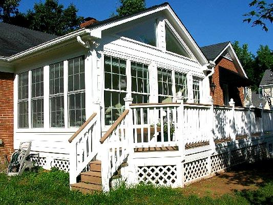 Sunrooms in charlotte stick built versus aluminum pre for Pre built porches