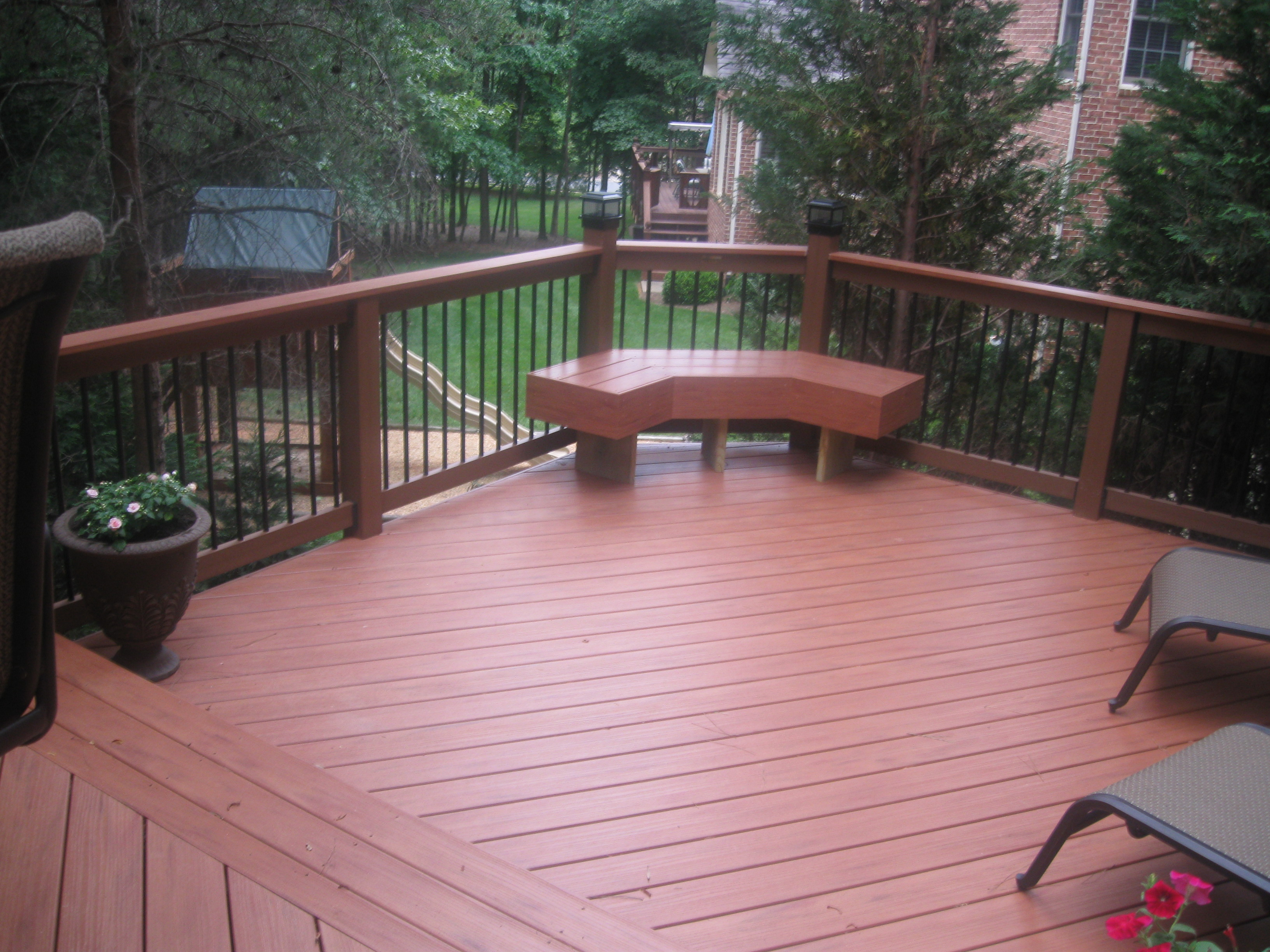 Considerations for deck designs by a charlotte deck for Composite decks
