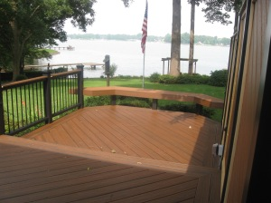 Trex Transcends Spiced Rum photo at Lake Norman in North Carolina with Trex Transcends black rail and a custom bench